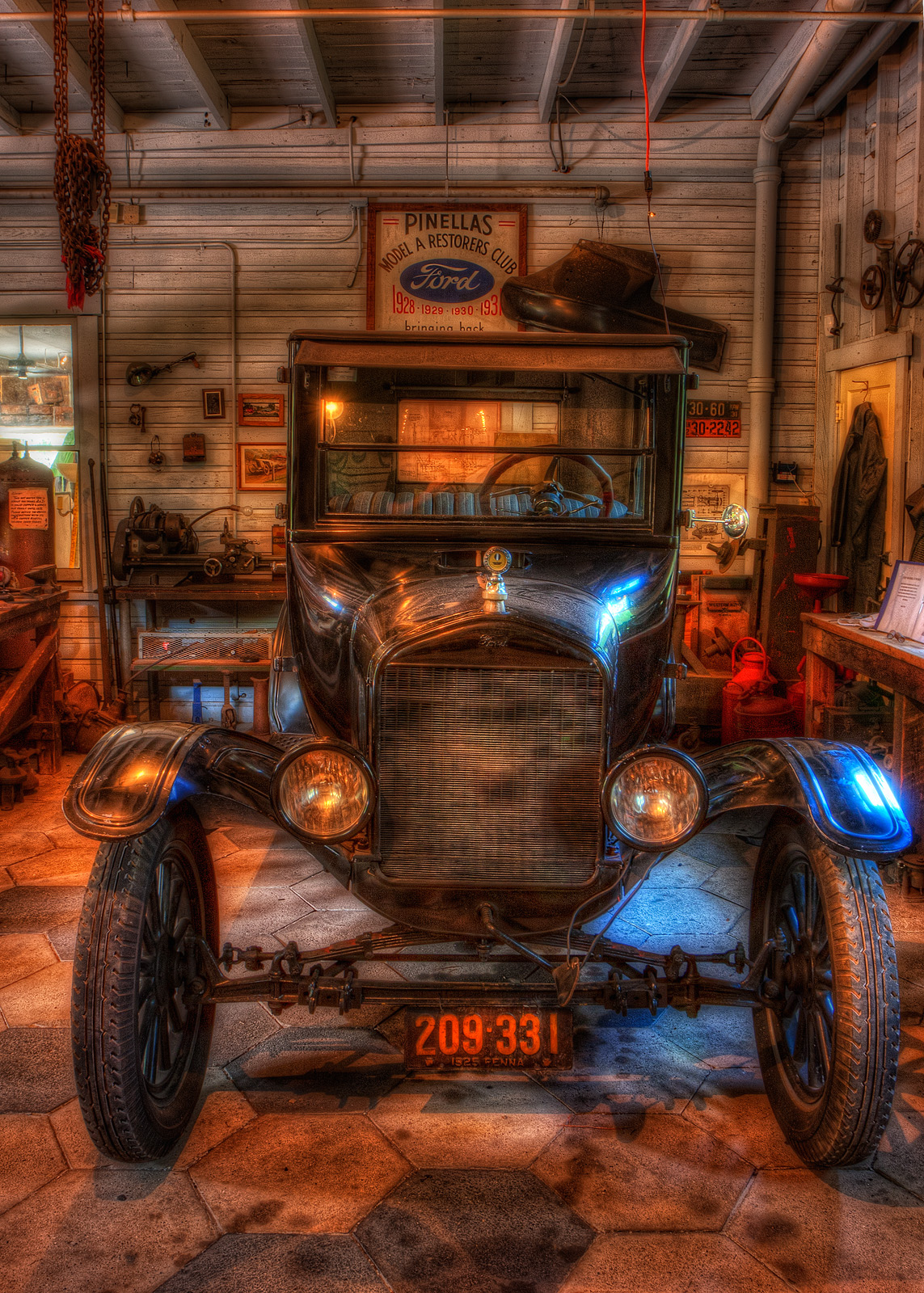 Old Ford Glow