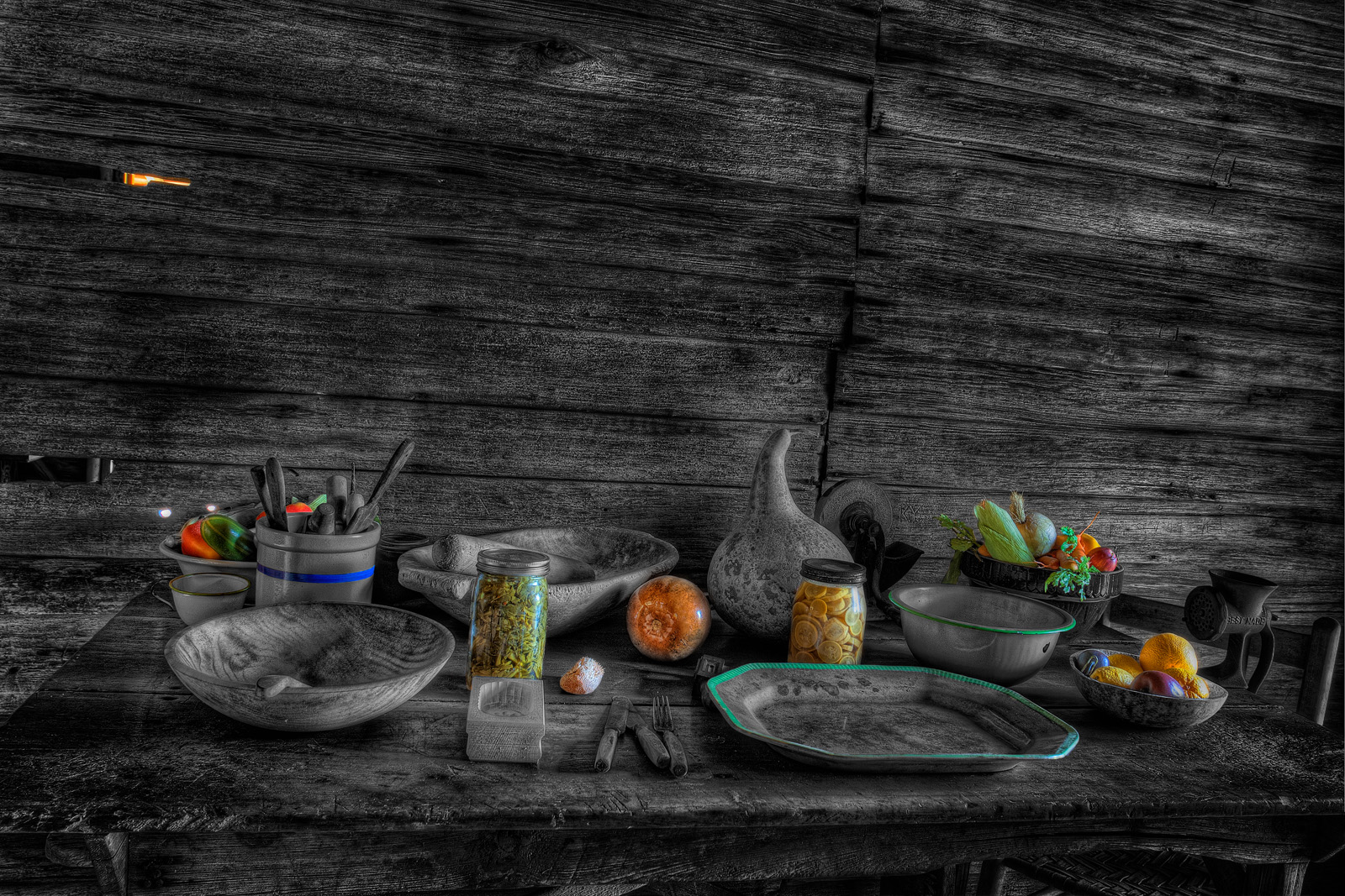 On the Table Selective Color