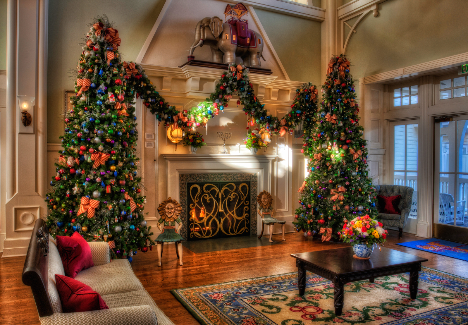 Disney Christmas Decorations.Disney Christmas Decorations Matthew Paulson Photography