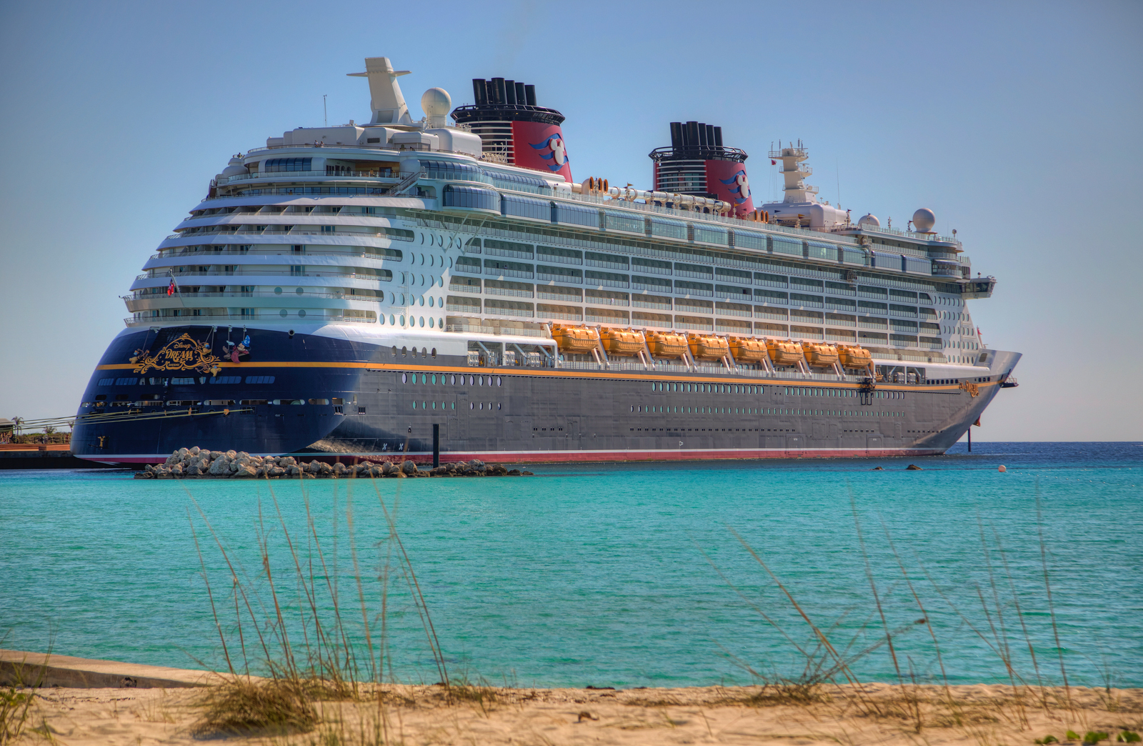 Disney Cruise Line's Castaway Cay : ThemeParkMaps |Castaway Cay Disney Cruise Line