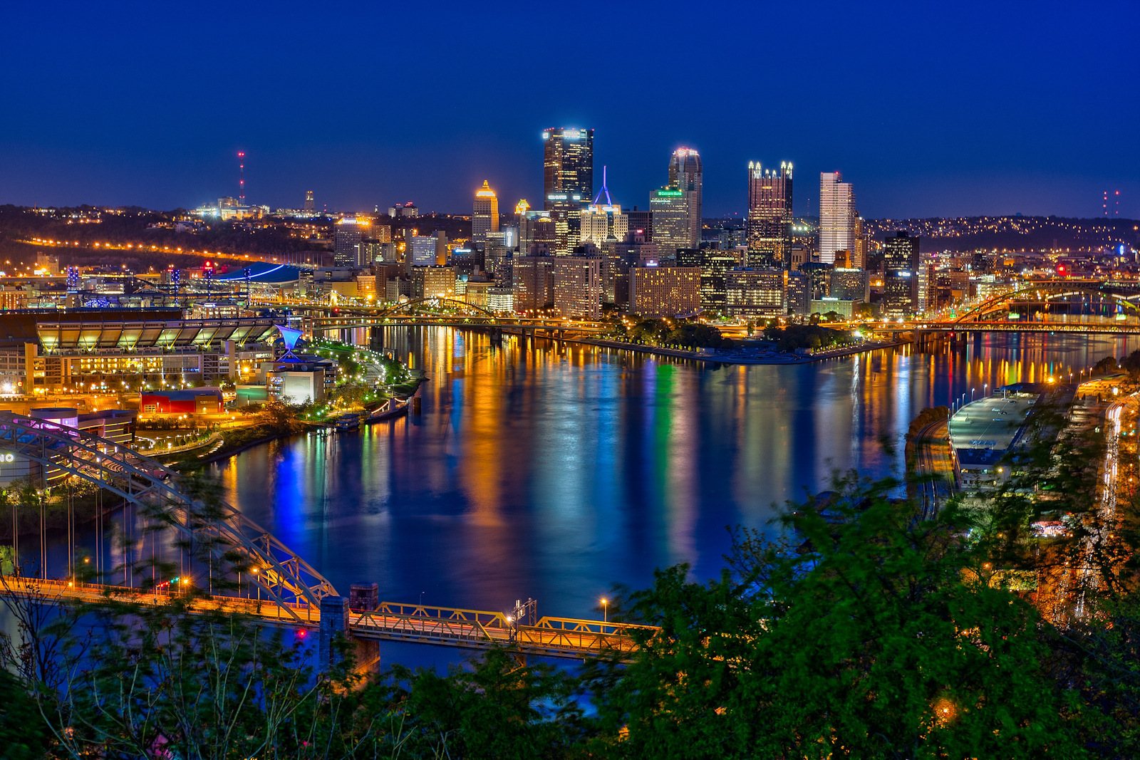Pittsburgh Skyline and the Steelers