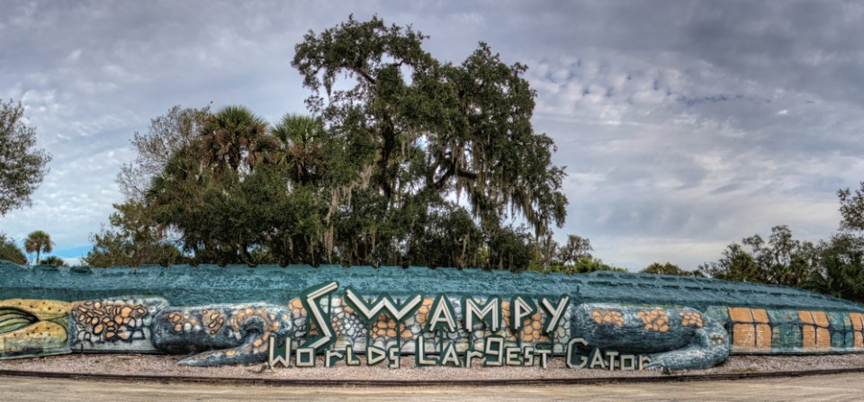 Swampy – Worlds Largest Gator, Jungle Adventures, Christmas, Florida