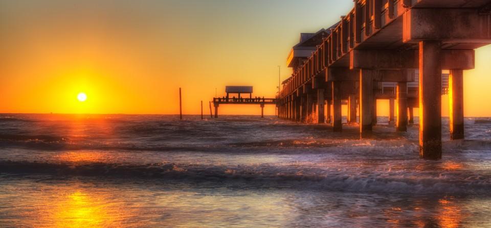 Pier 60 Sunshine