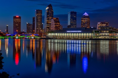 Downtown Tampa Wide - Agua Luces