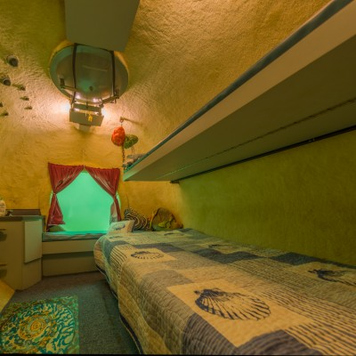 Jules Undersea Lodge Bedroom 1
