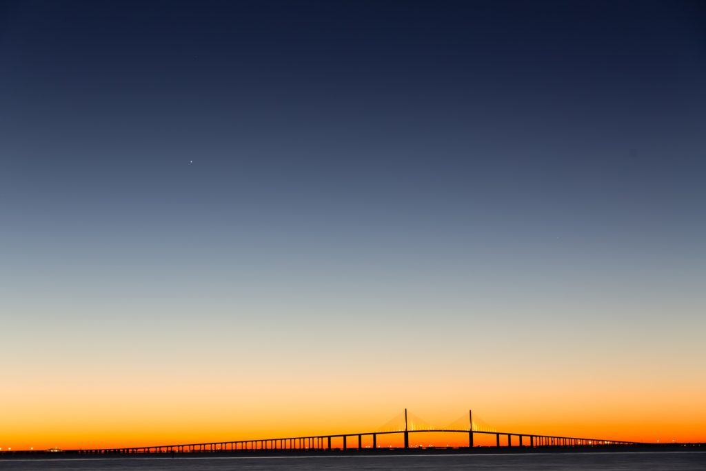 skyway-presunrise-with-jupiter