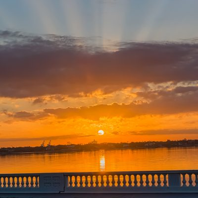 Bayshore Balustrade Sunrise with Crepuscular Rays, Tampa, Florida