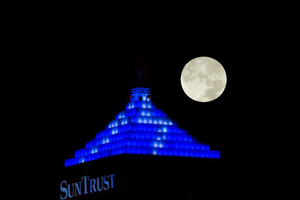 Supermoon and Suntrust Bolt, Tampa, Florida