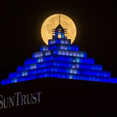 Supermoon on Suntrust Bolt (1), Tampa, Florida