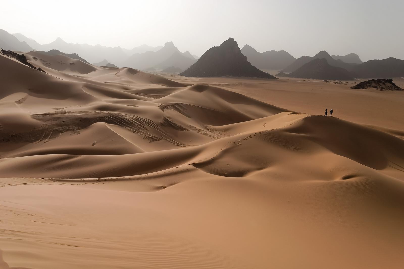 Tenere Desert - Dunes and Mountains